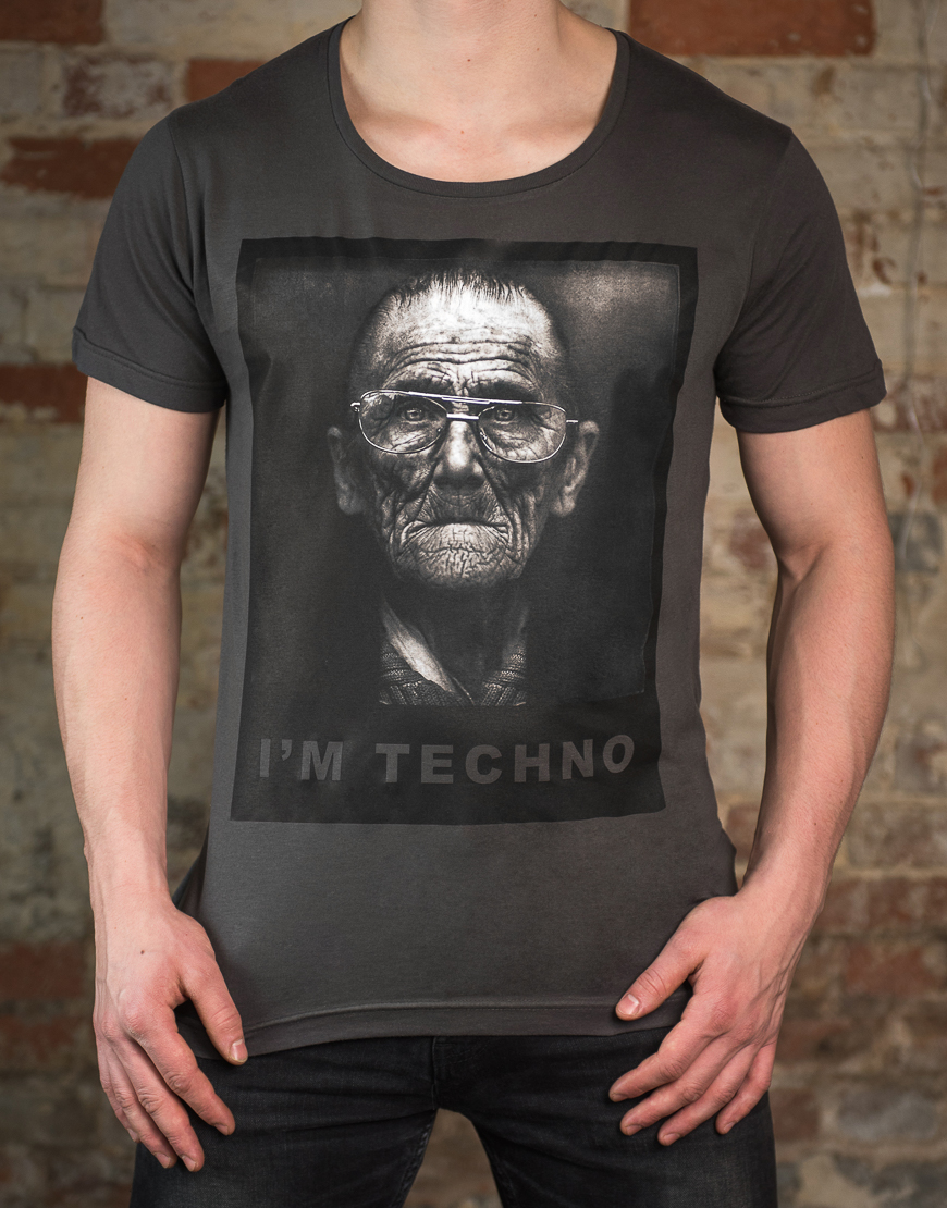 Im Techno T-Shirt